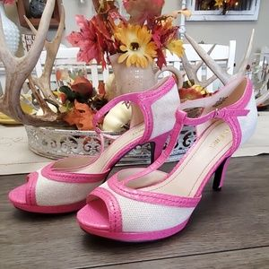 NINE WEST HOT PINK AND WOVEN OFF WHOTE HEELS. SZ 9